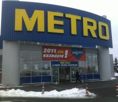 Metro padlójavítás műgyanta habarccsal